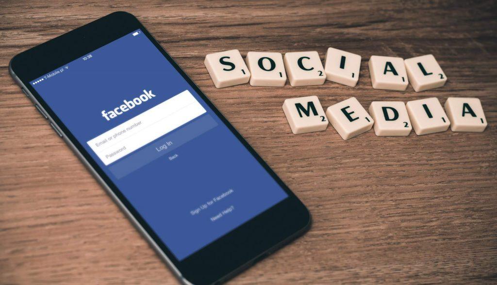 Lincoln Insurance Broker - Social Media